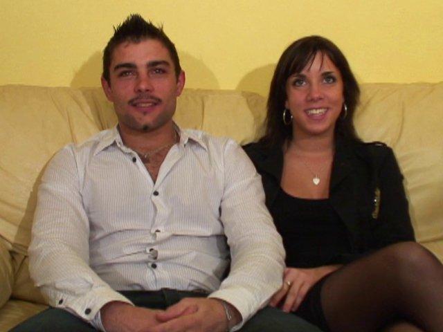 348 1 - Lorie et Aurélien excités par notre caméra