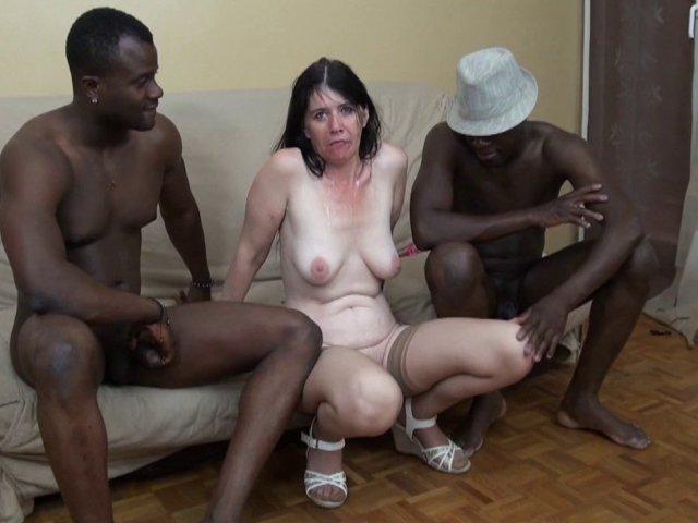 5301 1 - Angelina, une nymphomane de 45 ans