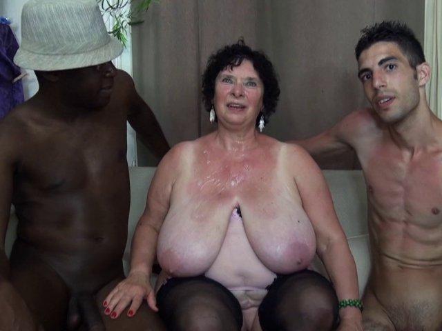 5303 1 - Olga, 65 ans et bien en chair vient tester les lascars