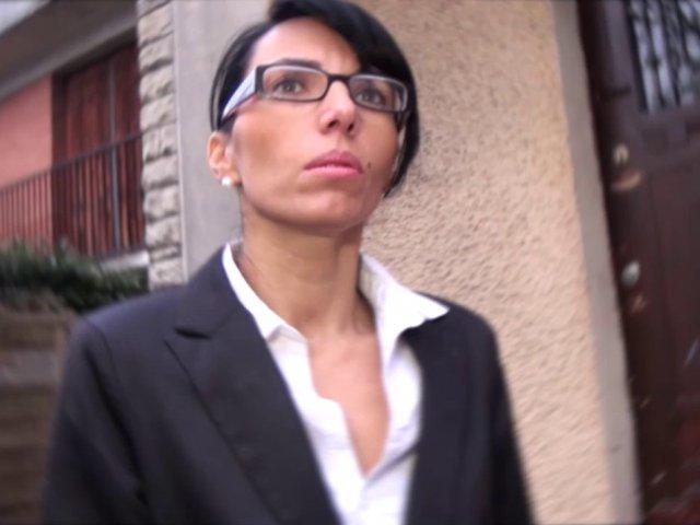 5674 1 - Femme à lunette sexy nympho