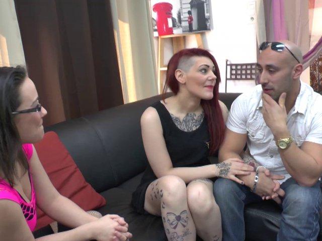 5698 1 - La sodomie hard d'une femme tatouée