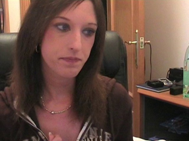 679 1 - Baise en direct devant webcam