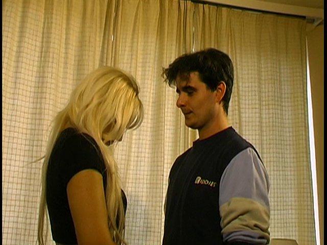 73 1 - Deux amateurs en extase pendant ce casting sexe