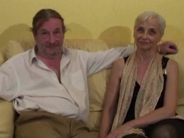 809 1 - Charles et Alia, couple de quinqua très coquin