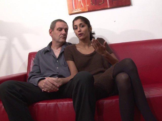 956 1 - Salope préfère l'anal au vaginal
