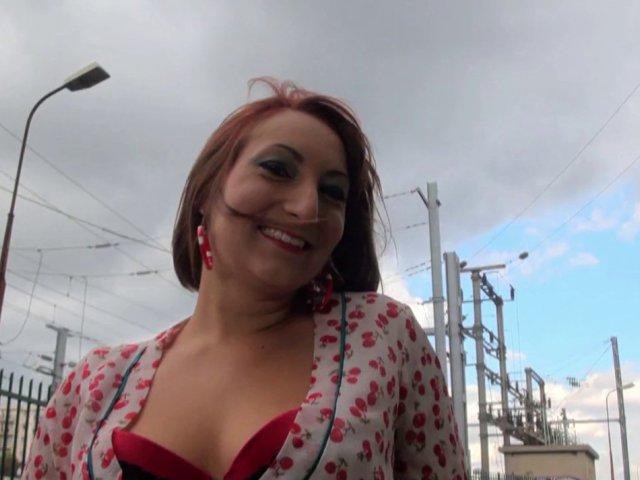 965 1 - Charlotte kif la baise jusqu'à la glotte